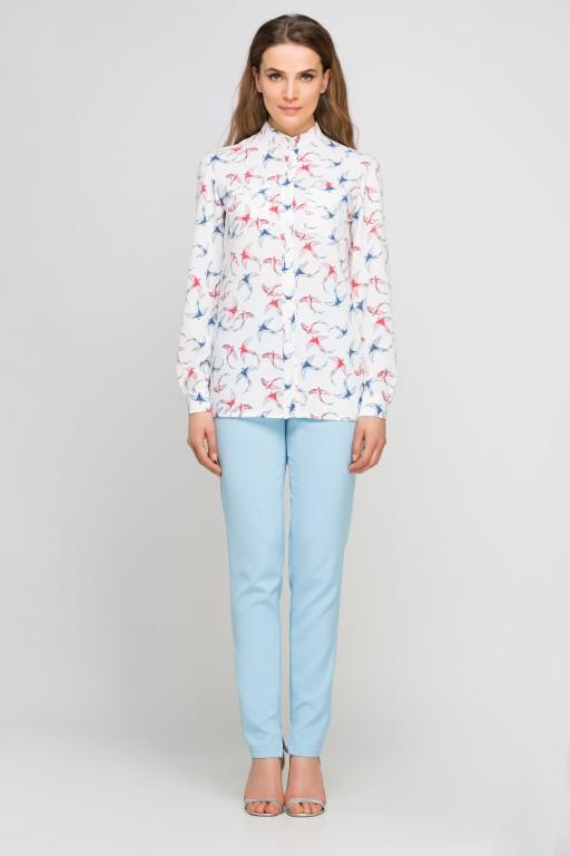 Koszula z dłuższym tyłem, K104 jaskółki ecru