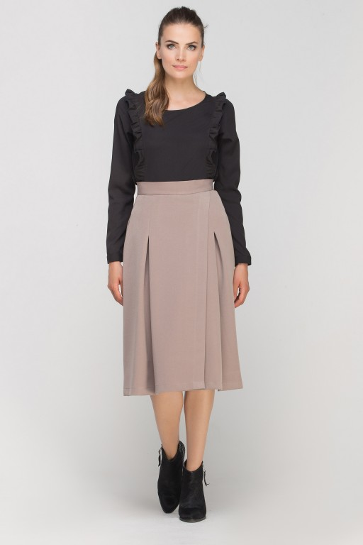 Skirt with envelope cut, SP116 beige