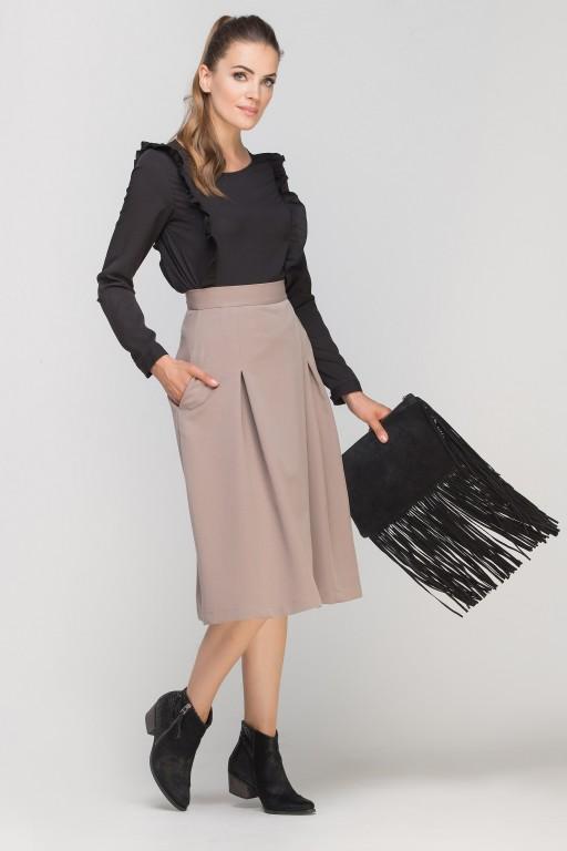 Bluzka z pionowymi falbanami, BLU136 czarny