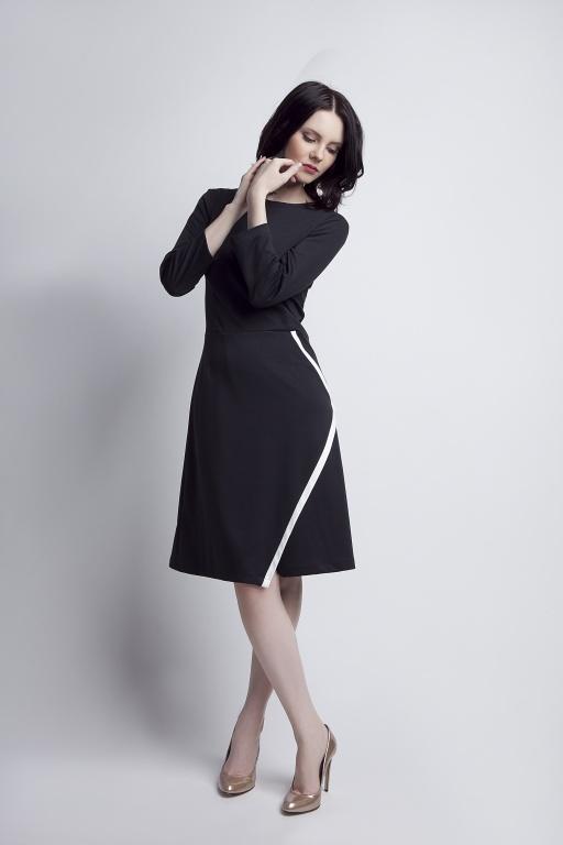 Rozkloszowana sukienka, SUK116 czarny