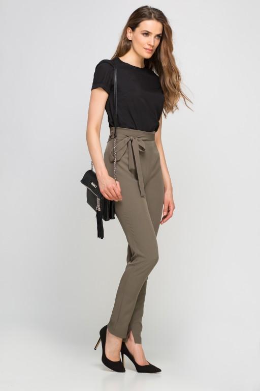 Elegancka bluzka z krótkim rękawem, BLU133 czarny