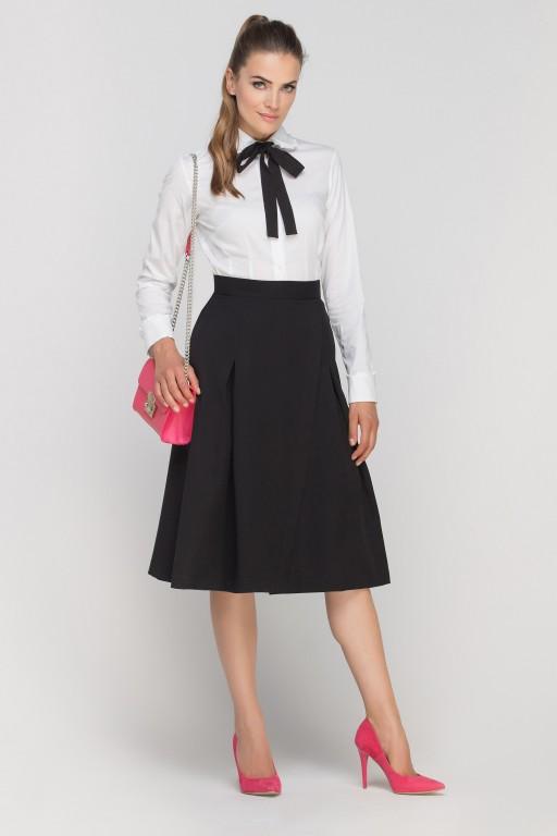 Skirt with envelope cut, SP116 black