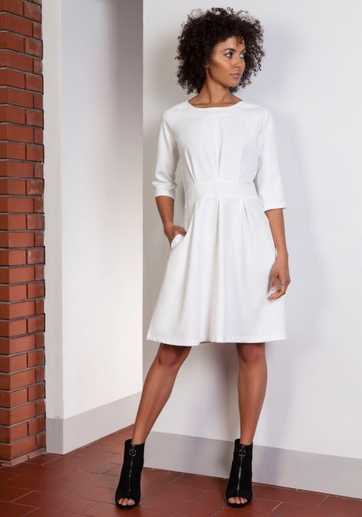 Dress with a flared bottom, SUK122 ecru