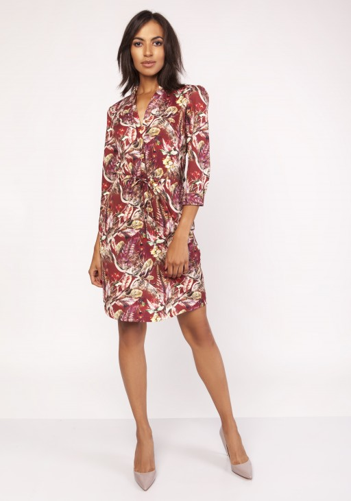 Dress with a delicate stand-up collar, SUK153 pattern