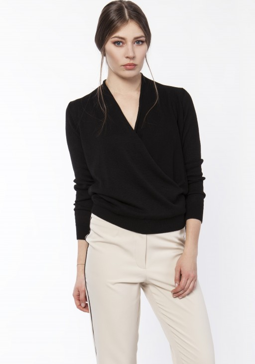 Sweter o kopertowym dekolcie, SWE119 czarny