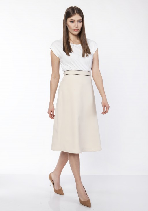 Classic flared skirt, SP120 jeans, SP122 beige