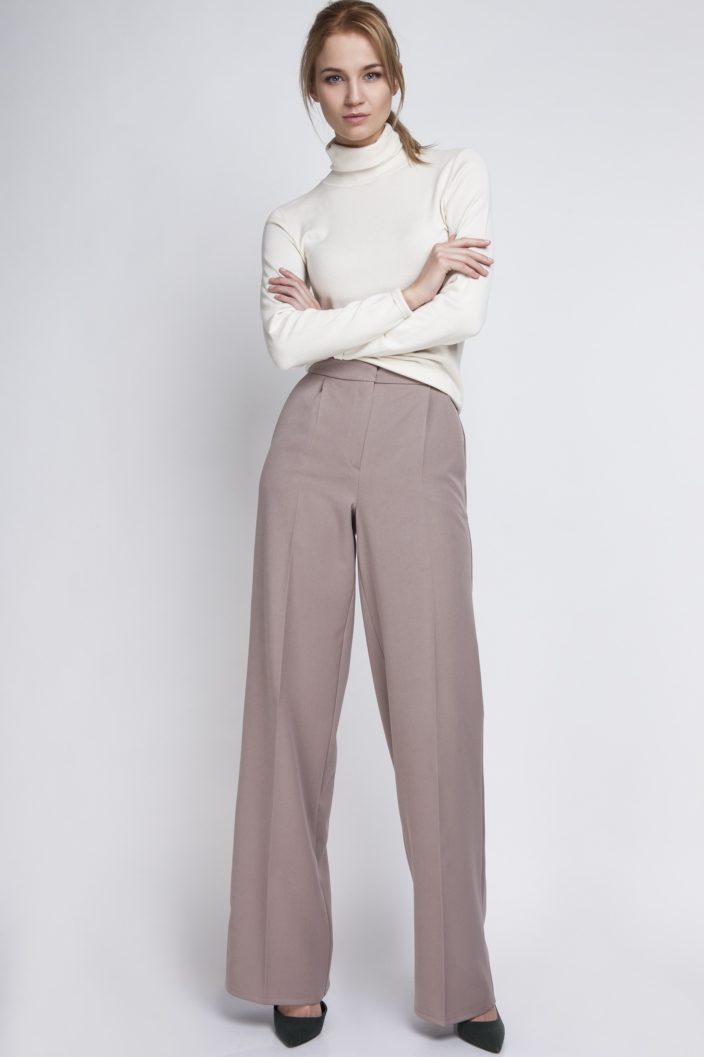 68cca9ed816860 Klasyczne spodnie z wysokim stanem, SD111 beż. Spodnie, SD111 beż. Loading  zoom