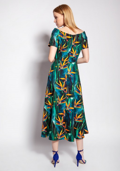 Dress with bare shoulders, SUK182 bamboo