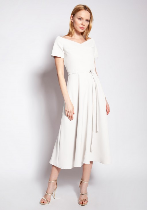 Dress with bare shoulders, SUK181 ecru
