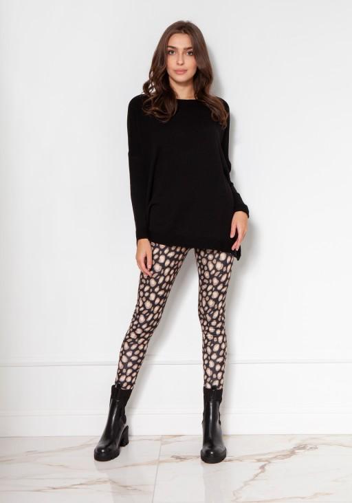 Oversize'owy sweter z wiskozy SWE133 czarny