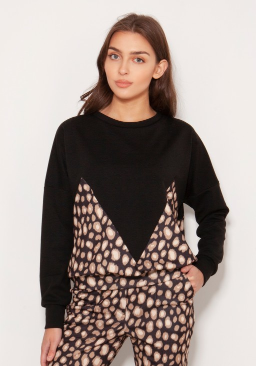 Loose sweatshirt with geometric cuts BLU148 panther