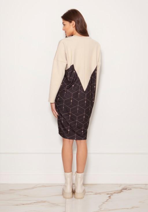 Oversize'owa sukienka w typie bluzy SUK191 wzór