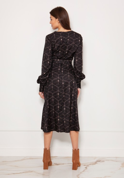 Dress with V-neck and spectacular sleeves SUK189 pattern