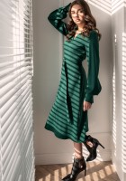 Dress with V-neck and spectacular sleeves SUK189 green