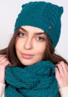 Twarzowa czapka w warkoczowy wzór - zielona