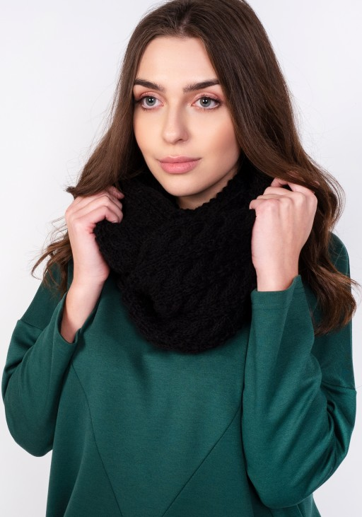 Stylish tube scarf - black