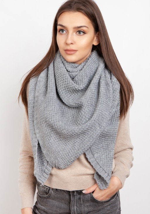 Impressive knitted scarf - gray