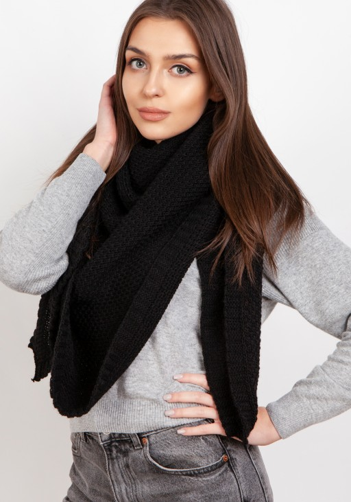 Impressive knitted scarf - black