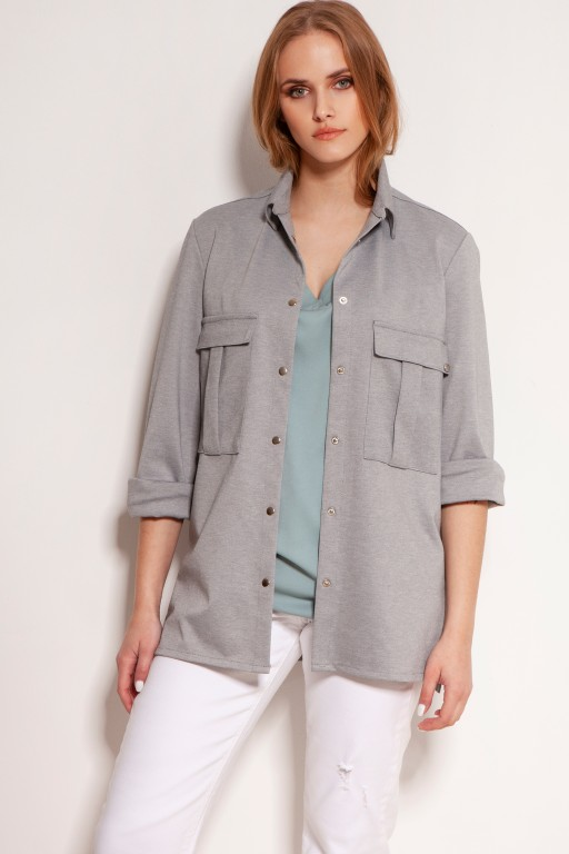 Delicate shirt in a masculine style, K114