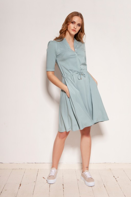 Dress with a drawstring and a flared bottom, SUK195 mint