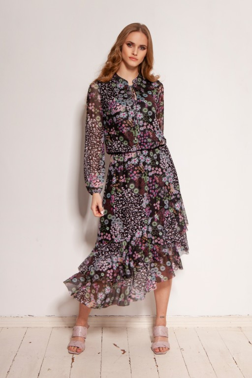 Patterned dress in mesh fabric, SUK193 pattern