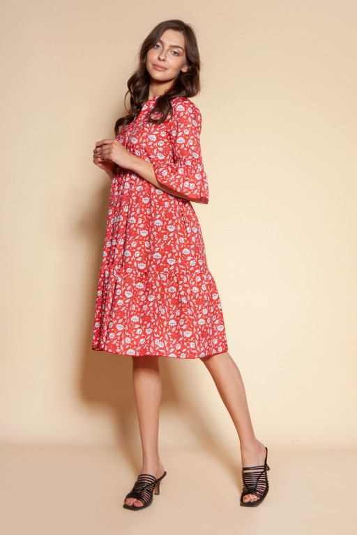 Dress with frills and a drawstring, SUK197 red pattern