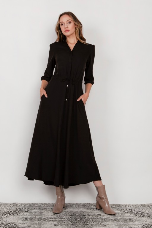 Long dress with 3/4 sleeves and a drawstring, SUK205 black