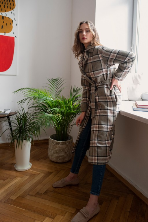 Long fleece coat with a belt, PA103 grey and pind checked