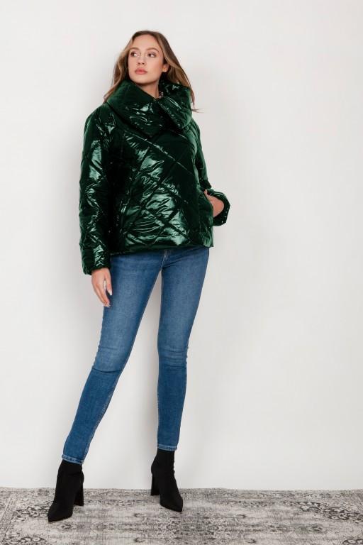 Krótka, pikowana kurtka z dużym kołnierzem, KR107 zielony