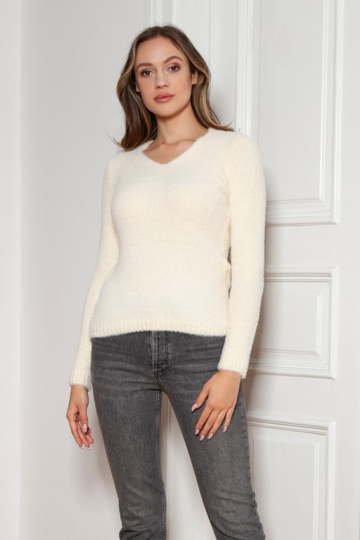 Soft, hairy sweater, SWE147 ecru