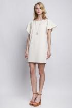 Sukienka z orginalnymi rękawami, suk 104 beż