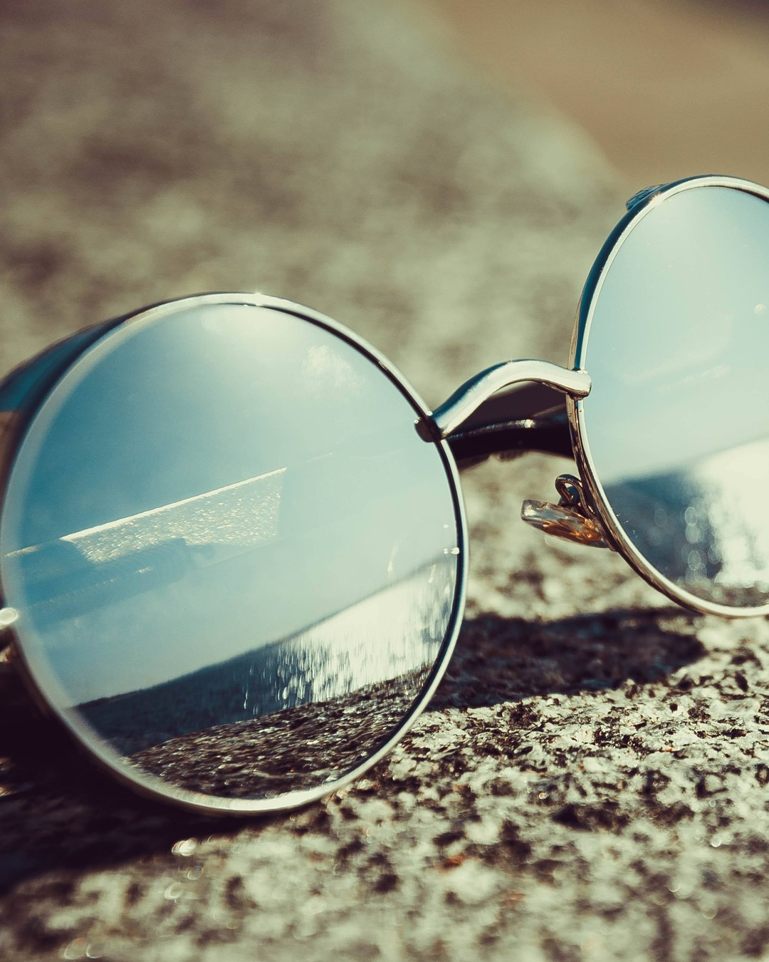 Wreszcie jest, słoneczko kochane 🖤 Ładujemy akumulatory po stanowszo za długiej zimie. #sunnyday #sunglasses #polishgirl #poland #sun #summer #nature #photooftheday #happy #smile #weekend #trip #girl #instagood #photography #beautiful #holiday #goodday #sunny #wiosna #hellowiosna #słońce #słonecznydzień #pięknapogoda #słonecznie