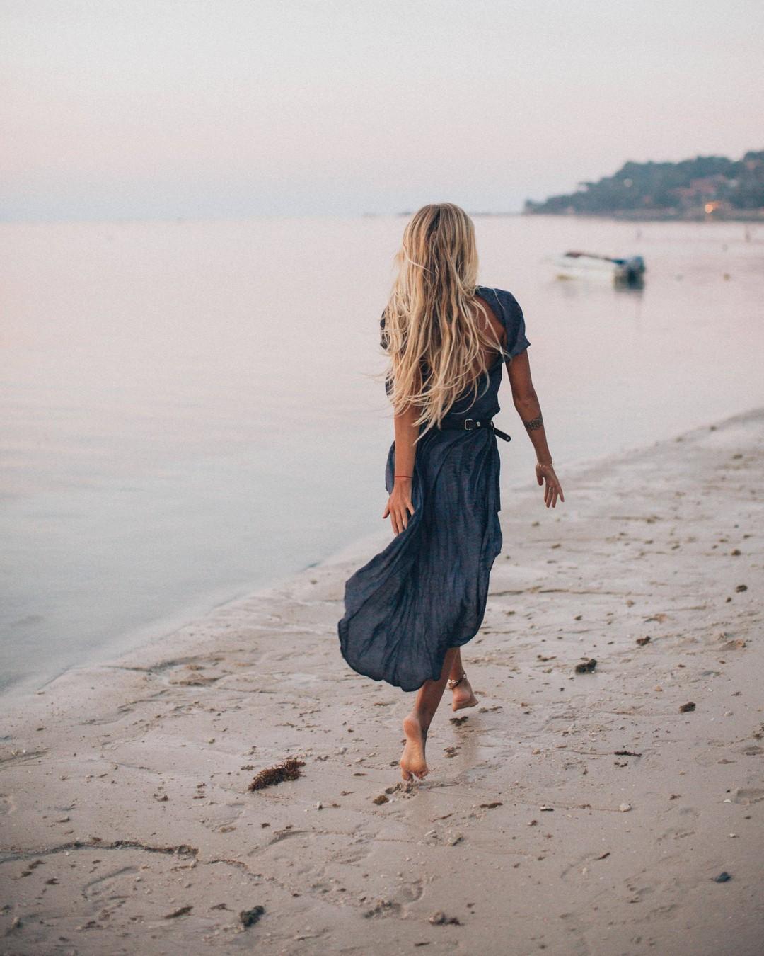 """""""Podróże to jedyna rzecz na którą wydajemy pieniądze, a stajemy się bogatsi."""" #enjoylife #motivationthursday #goodmorning #true #prawda #cytat #cytatdnia #wisdomquotes #lifequotestoliveby #gratitudequotes #happinessquotes #mindfulnessquotes #inspirationalwords #inspirationalquotesandsayings #inspiracja #happiness #szczescie #szczesciejestproste #wordsofwisdom #lifelessons #thoughtoftheday #positivequotes #inspiringquotes #quoteoftheday #quotestoliveby #quotesgram #quotesandsayings #quotestagram #summer #summerquotes"""