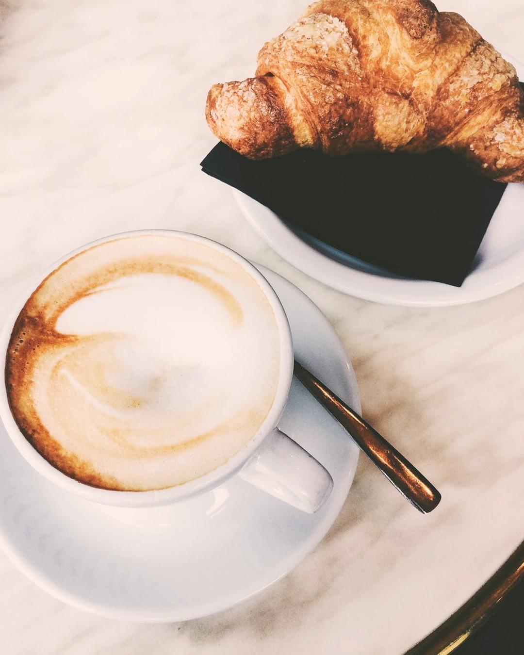 Perfect saturday morning ☕ 🥐 #coffee #croissant #coffeetime #breakfast #kawa #poland #coffeelover #cafe #café #goodmorning #morning #dziendobry #photooftheday #food #instagood #weekend #summerweekend #kawa #cappuccino #kawaicroissant #perfectmorning #morningviber #sunnyday #sobota #sobotawdomu