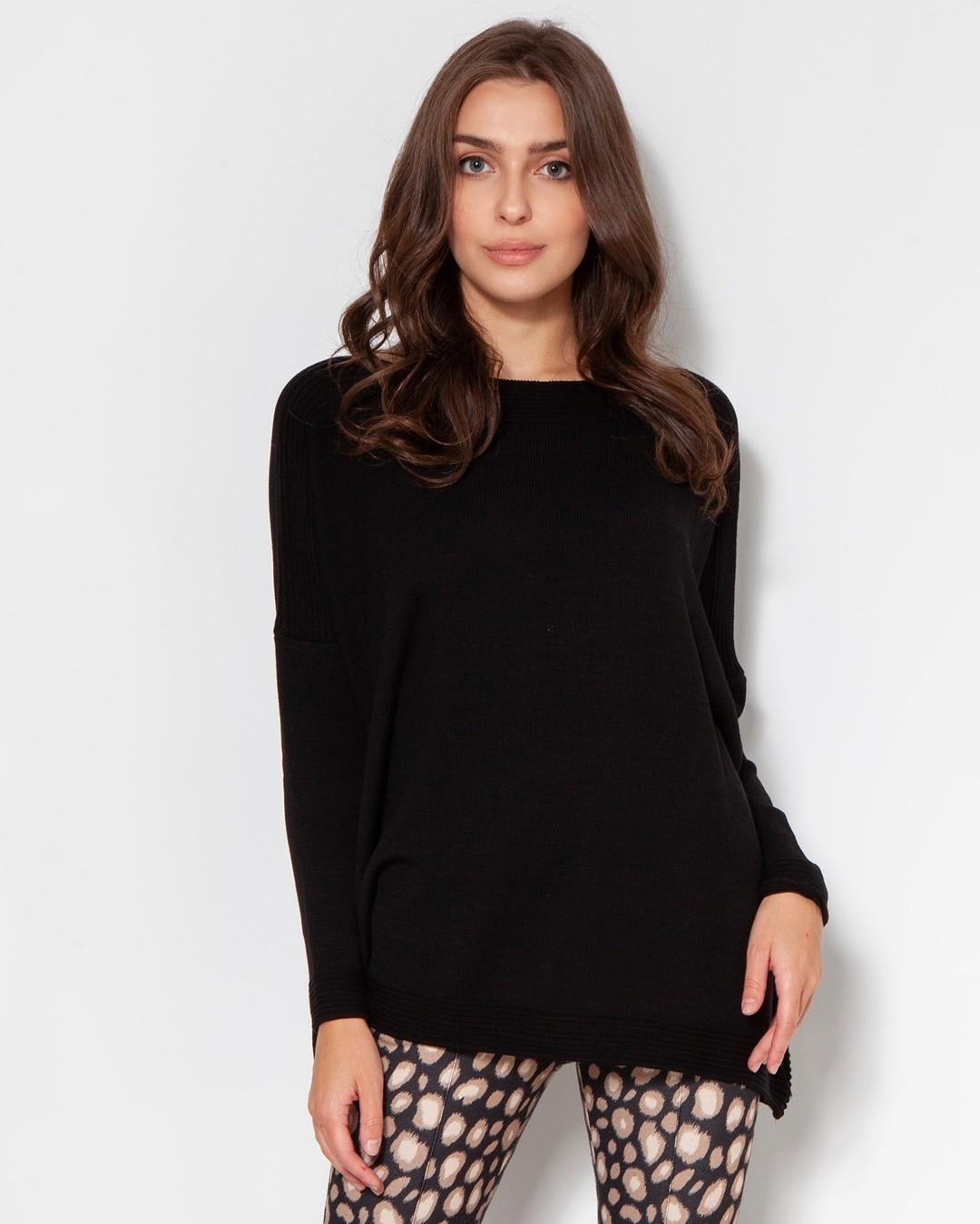 Ten ogromny sweter ma ogromne możliwości! Pasuje do wąskich spódnic, cygaretek, spodni palazzo, legginsów... Wykonany w dziewiarni pod Częstochową, z wysokiej jakości wiskozowej przędzy, która jest bardzo przyjazna dla ciała i dla środowiska. Tylko teraz 35% taniej - zaczynamy nasz black week! #blackweek #blackfriday #blackfridaypolska #blackfridaypl #promocja #swetry #sweter #ubrania #polskamarka #polskiproducentodzieży #sweterek #polskieswetry #czarnysweter #sweterzwiskozy #lekkisweter #dzianinowabluza #swetrowabluza #oversize #sweaterweather